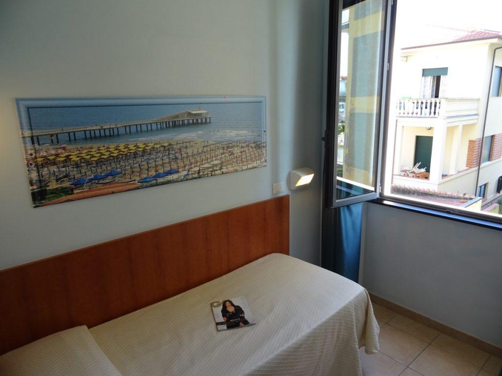 camera singola hotel sole e mare lido di camaiore