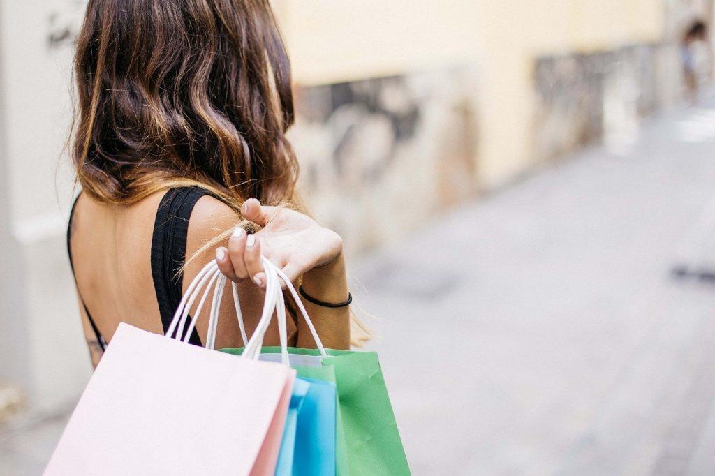 shopping in versilia